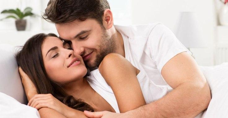 sesso tantrico, orgasmo femminile e preservativi stimolanti